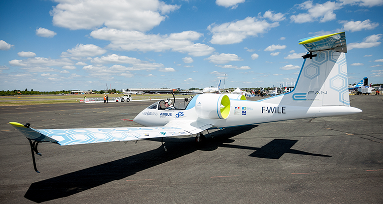 Energie solaire, l'avenir du transports aériens ? - E-fan 4
